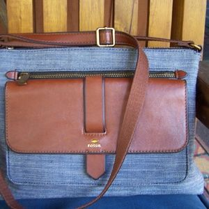 Near New Fossil Kinley Chambray Bag